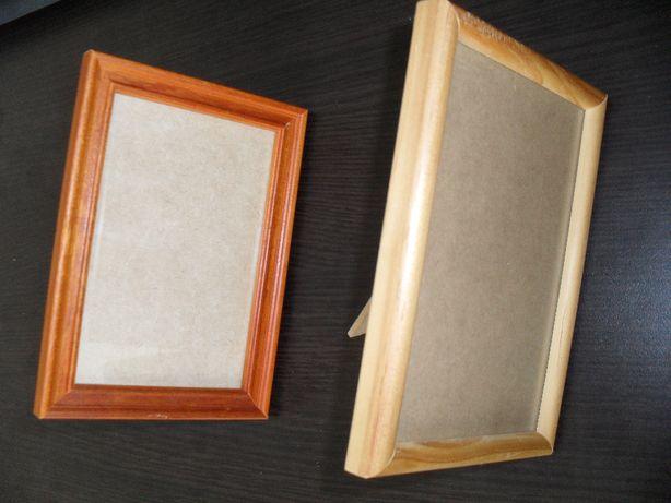 Dwie ramki do zdjęć 10x15 cena łączna za obie
