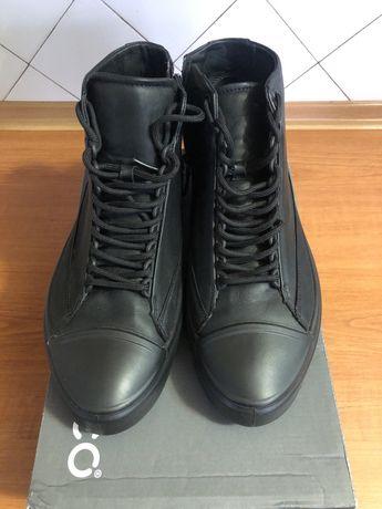 Чоловіче взуття ECCO