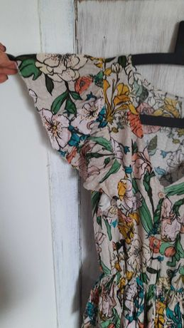 Sukienka w kwiaty, wiskoza