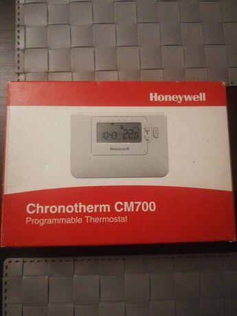 Termostat sterownik pokojowy Honeywell CM700