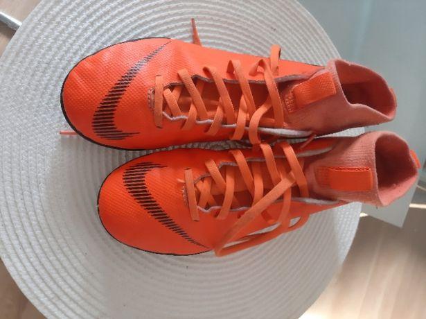 Buty męskie sportowe Nike roz38