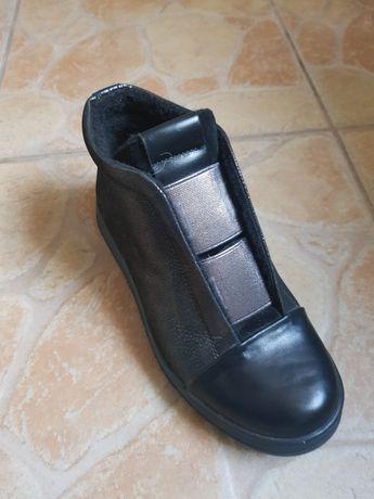 Ботинки осень кожаные для девочки 33,34,38