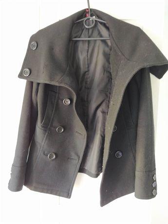 Czarny płaszcz zapinany ciepły na jesień jesienn z kołnierzem H&M 36 S