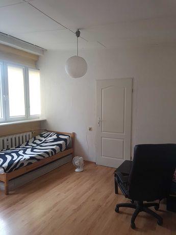 Łazarz, ul. Lodowa – pokój jednoosobowy  21 m2