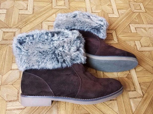 Новые демисезонные сапоги ботинки с мехом эко-замш blossem