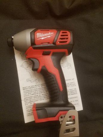 Milwaukee M18 akumulatorowa zakrętarka, klucz, impact 2656-20 M18
