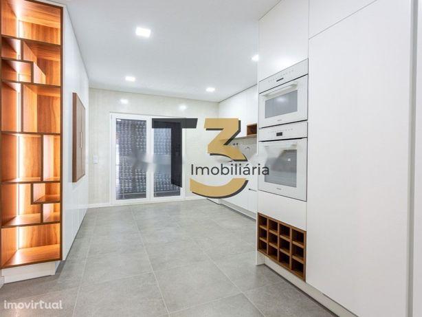 Apartamento T2, construção nova (com parqueamento) - Montijo