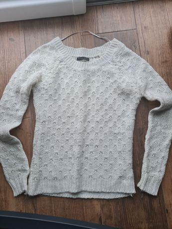 Sweter damski wełniany
