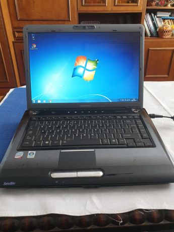 Laptop Toshiba Satellite A300-1EG dysk 500GB 3GB ram Intel Core Duo !