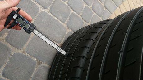 Шины летние TOYO PROXES T1 235/55 R19 6mm колеса резина лето б у шини