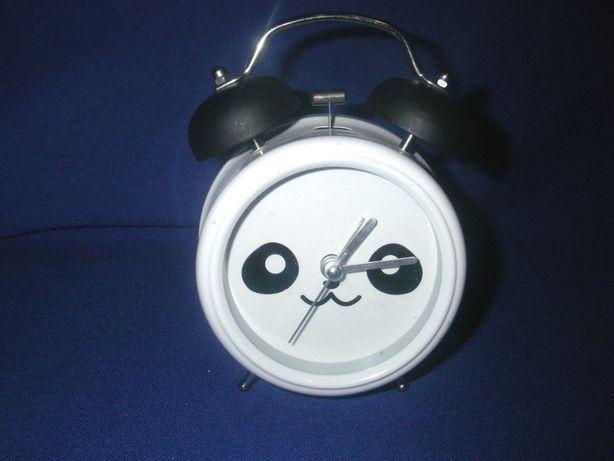 Часы будильник панда