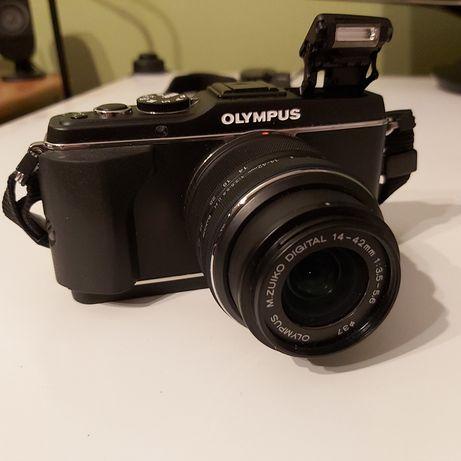 Aparat Olympus PEN E-P3 plus obiektyw Olympus M.ZUIKO DIGITAL 14-42mm