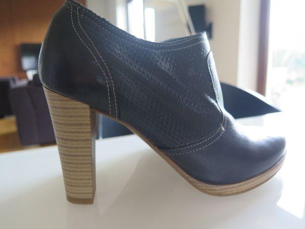 Damskie, nowe buty firmy: Bata