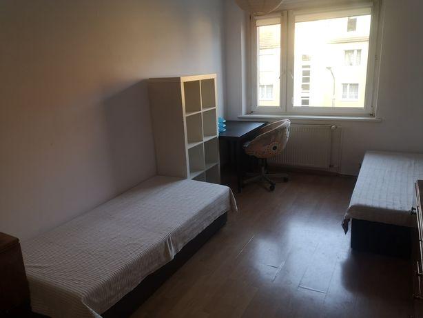 2 os. pokój w centrum, 700 zł
