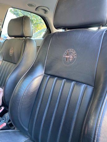 Продаю красотку Альфа Ромео, кожа внутри, руль, качество Италия