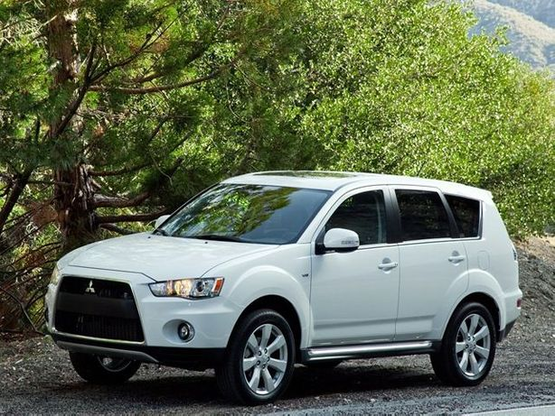 Продается Mitsubishi Outlander XL на разборке