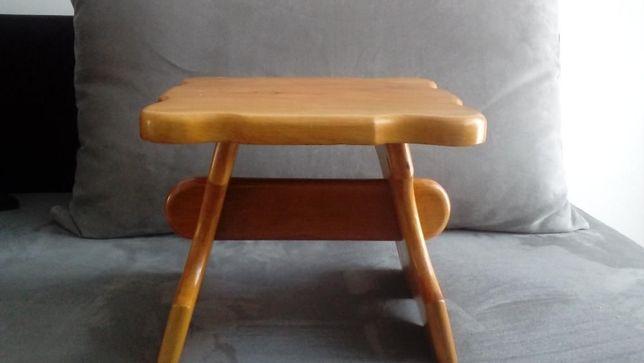 stolek