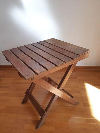 Drewniany, stary, stolik rozkładany, ogrodowy.