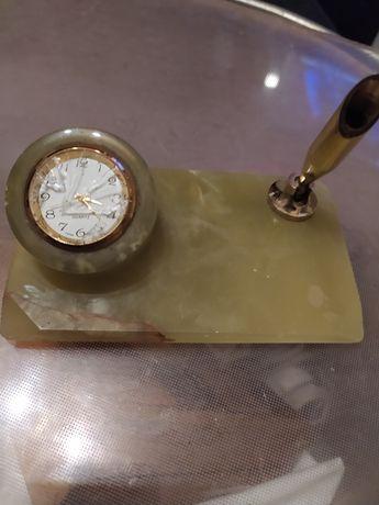Подставка для ручки на письменный стол из оникса