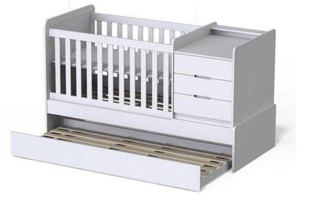 Cama de bebé transformável