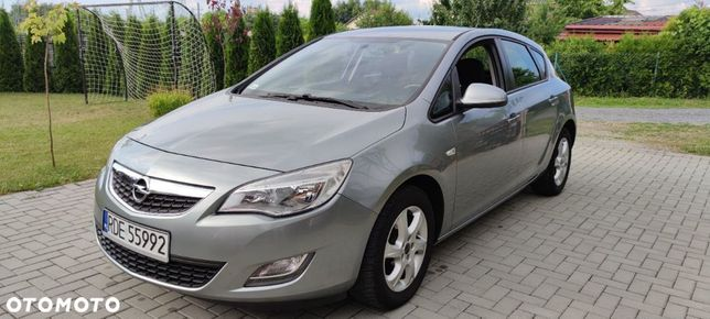 Opel Astra 1.6 Benzyna Niski przebieg Serwisowany