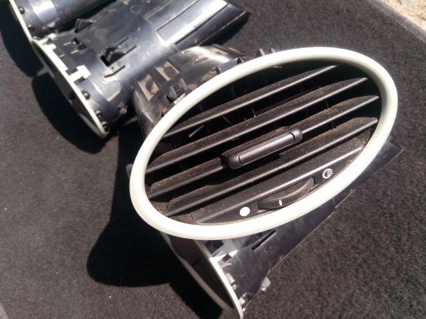 Дефлектор воздушный Ford Focus 2