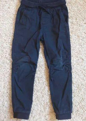 Spodnie dziecięce + bluzka 98/110 cm