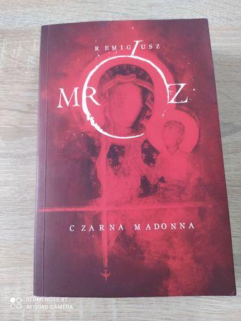 Książki (Mróz, biografia Igi Cembrzyńskiej)