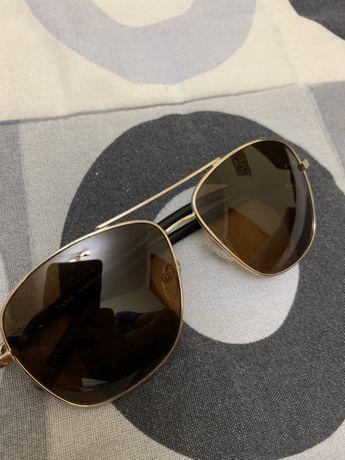 Óculos de sol marca Zara