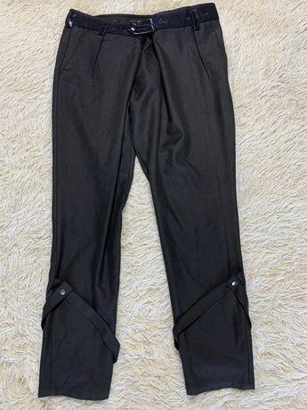 Штани чорні 44 розмір нарядні