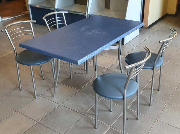 Стол и стулья для кафе б/у