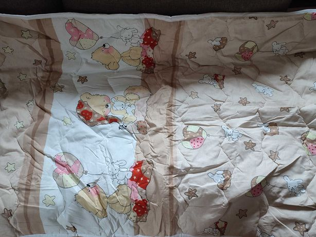 Детское одеяло на синтепоне
