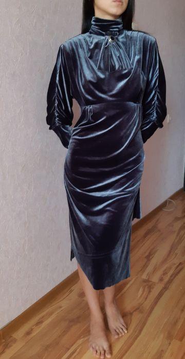 Дизайнерское шикарное бархатное платье, размер М, для особенного дня Киев - изображение 1