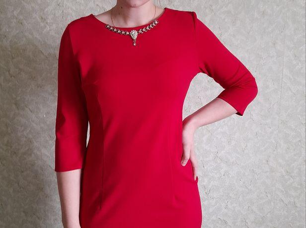 Червоне платтячко/ плаття/ сукня