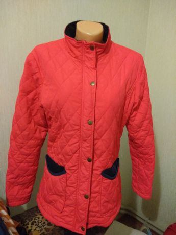 Продам классную женскую деми курточку