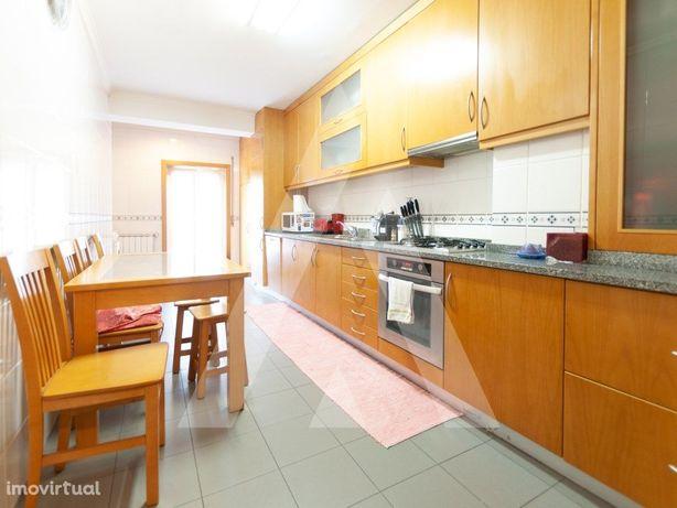 Apartamento T3 em São João da Madeira