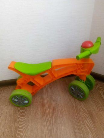 Продам детский толокар мотоцикл