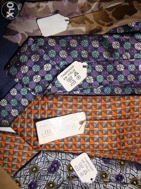 Conjunto de quatro gravatas NOVAS