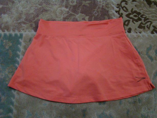 Продам спортивную юбку с шортами osngn р. 140 в идеале