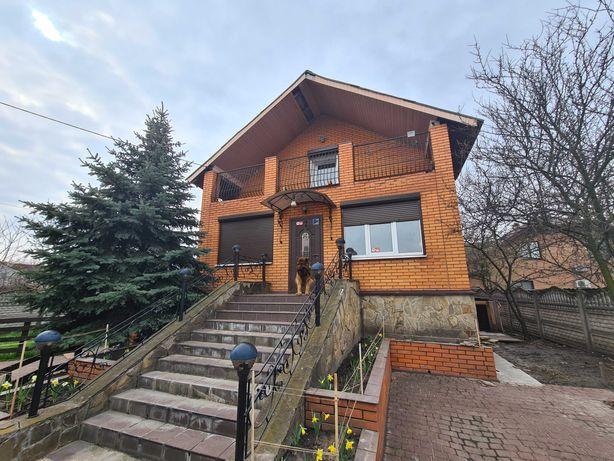 Продам уютный дом(180м2)в начале Осокорков,рядом с Днепром