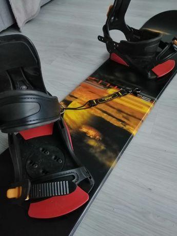 Deska snowboardowa 154cm