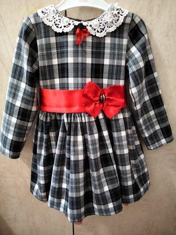 Плаття на дівчинку святкове