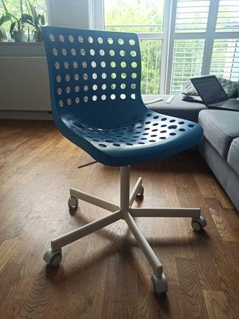 Fotel do biurka dla dziecka (regulowana wysokość)