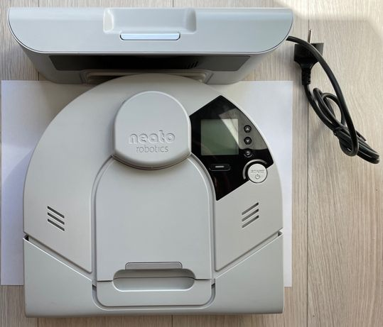 Robot sprzątający Neato XV essential