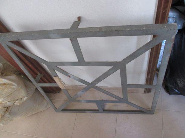 Grade em ferro galvanizado