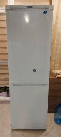 Продам холодильник Samsung RL36EBSW No frost