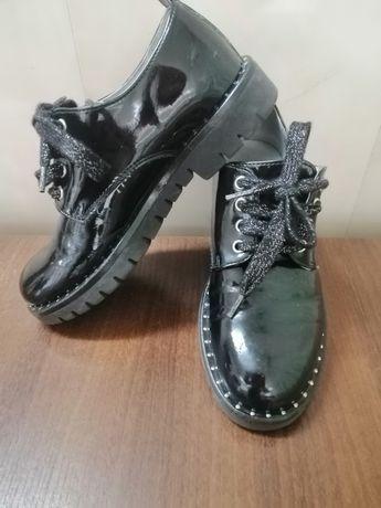 Туфлі на дівчинку Nero Giardini