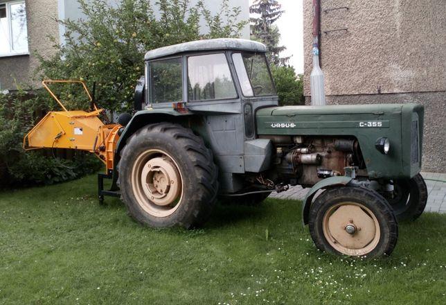 Ciągnik Ursus C355 z nowym rębakiem firmy Stiler