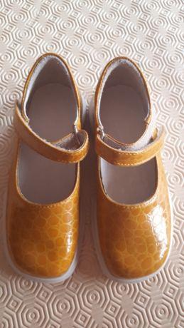 Sapatos lindos, 29