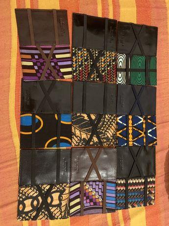 Carteiras magicas sakocuia em pele. Angola.padrao africano